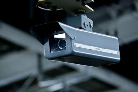 iPhone 監視カメラ アプリ 設定方法